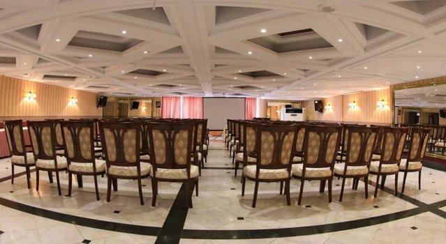 سالن نرگس هتل سیمرغ